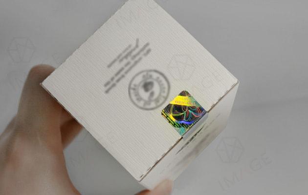 hologram-security-seal-sticker,very-sticky,-no-edge-corner-warp