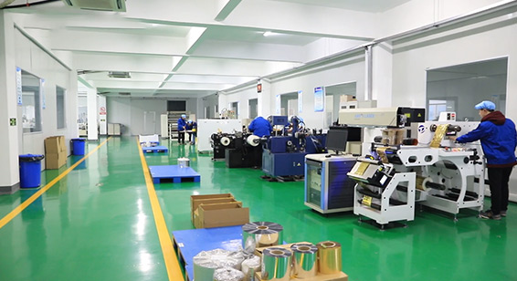 Manufacturing-Team-of-Suzhou-Image-Laser