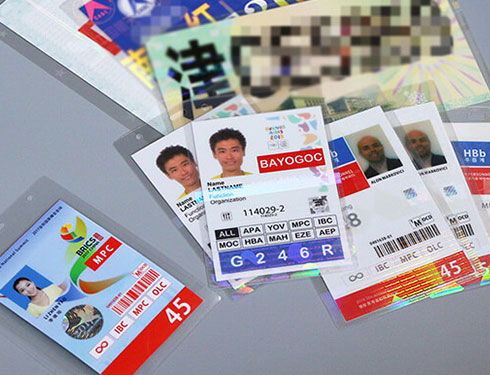 How do Hologram Laminating Pouches Authenticate Documents and Cards